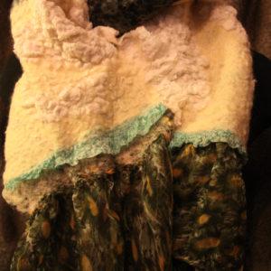 Воротники, палантины, шарфы, бактусы